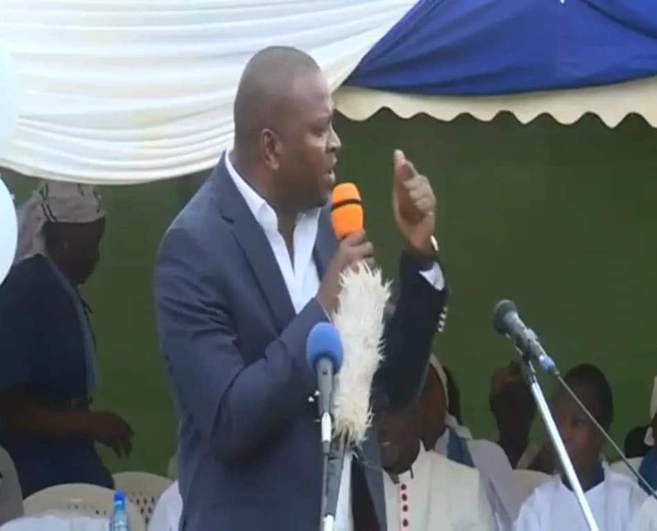 Wandani wa Mudavadi wampatia Osotsi saa 48 kumuomba msamaha waziri wa Michezo Rashid Echesa