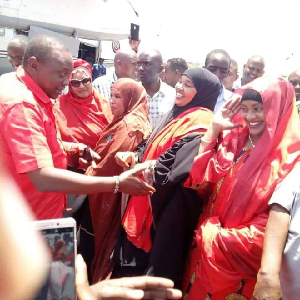 Female Jubilee MP refuses Uhuru's handshake