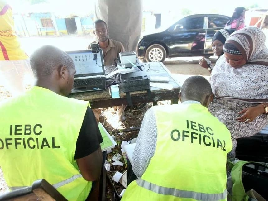 IEBC official suffocates himself to death after overseeing elections