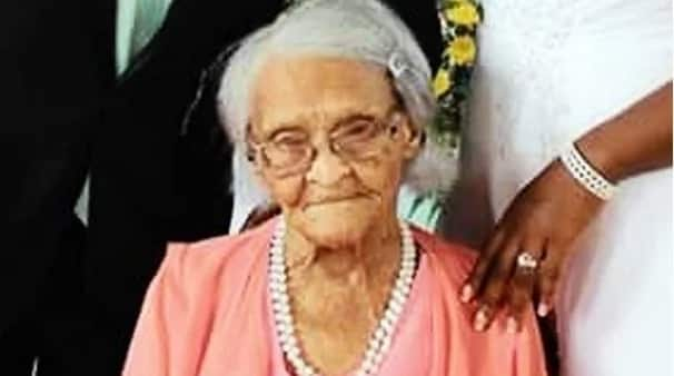 South African woman who just turned 103 years old revealed the secrets to her long life (photos)