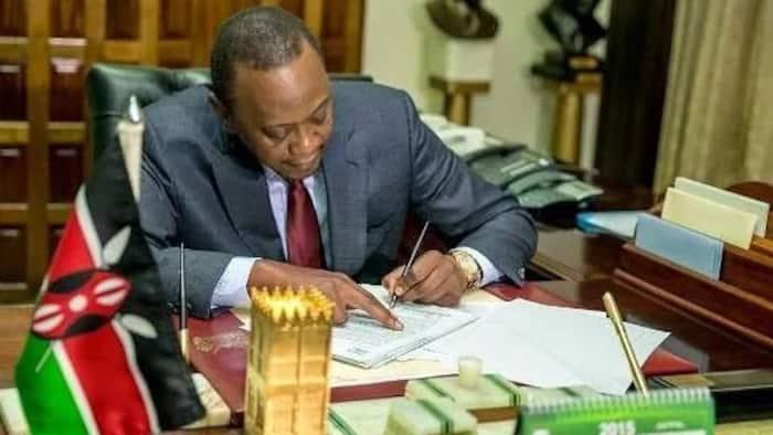 Uhuru Ahidi Kuondoa Kafyu, Awataka Wakenya Kuzingatia Masharti ya COVID-19