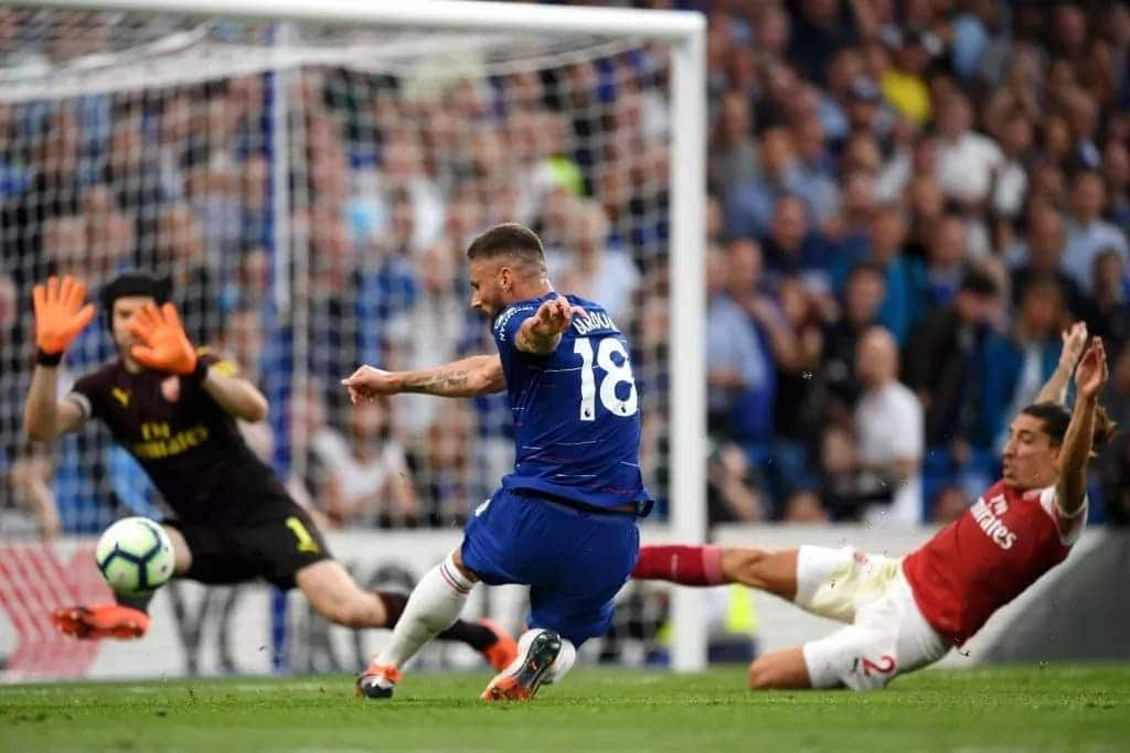 Chelsea outsmart Arsenal 3-2, gain maximum points in pulsating derby