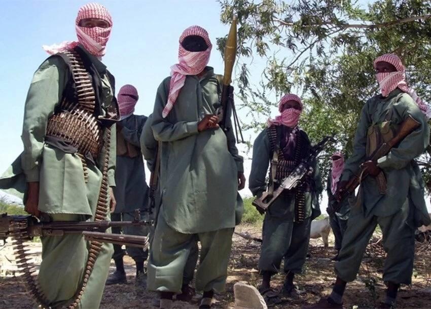 Three most wanted armed suspected terrorists slip from Kenya police radar, enter Somalia