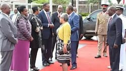 Uhuru Kenyatta does this to his long time friend,and this is what James Mwangi has to say