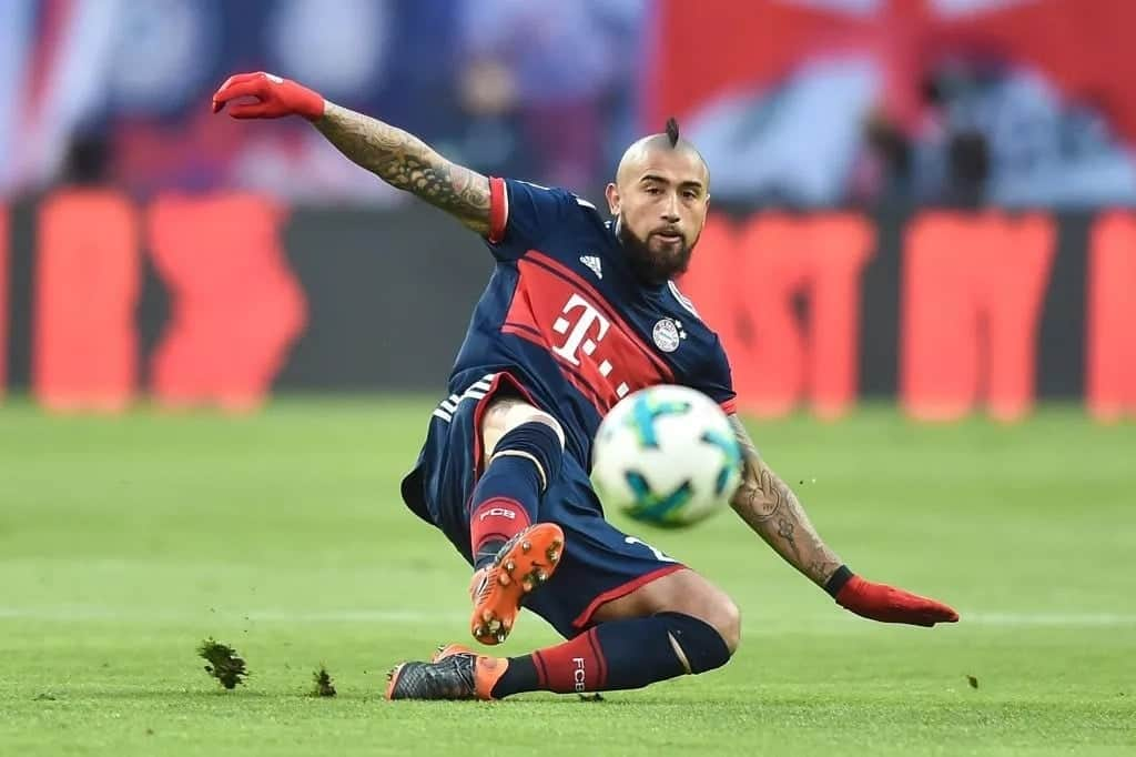 La Liga champions Barcelona complete KSh 3.5 billion signing of Arturo Vidal from Bayern Munich