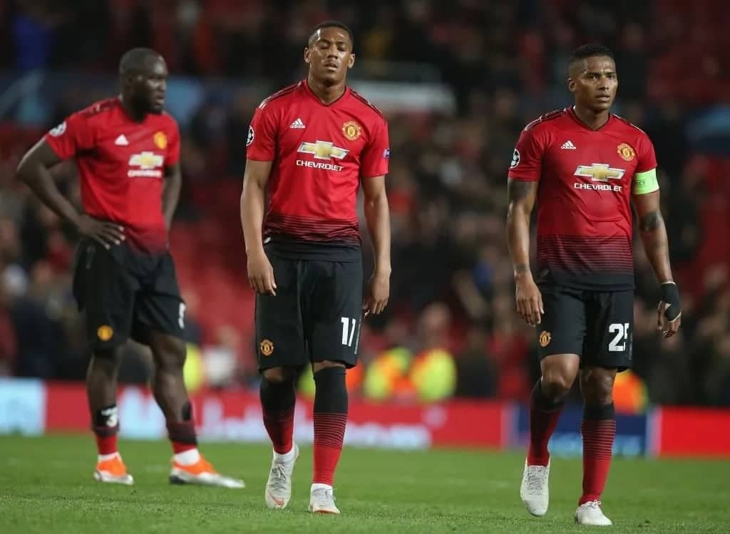 Why Manchester United players could be against Mourinho - insider reveals