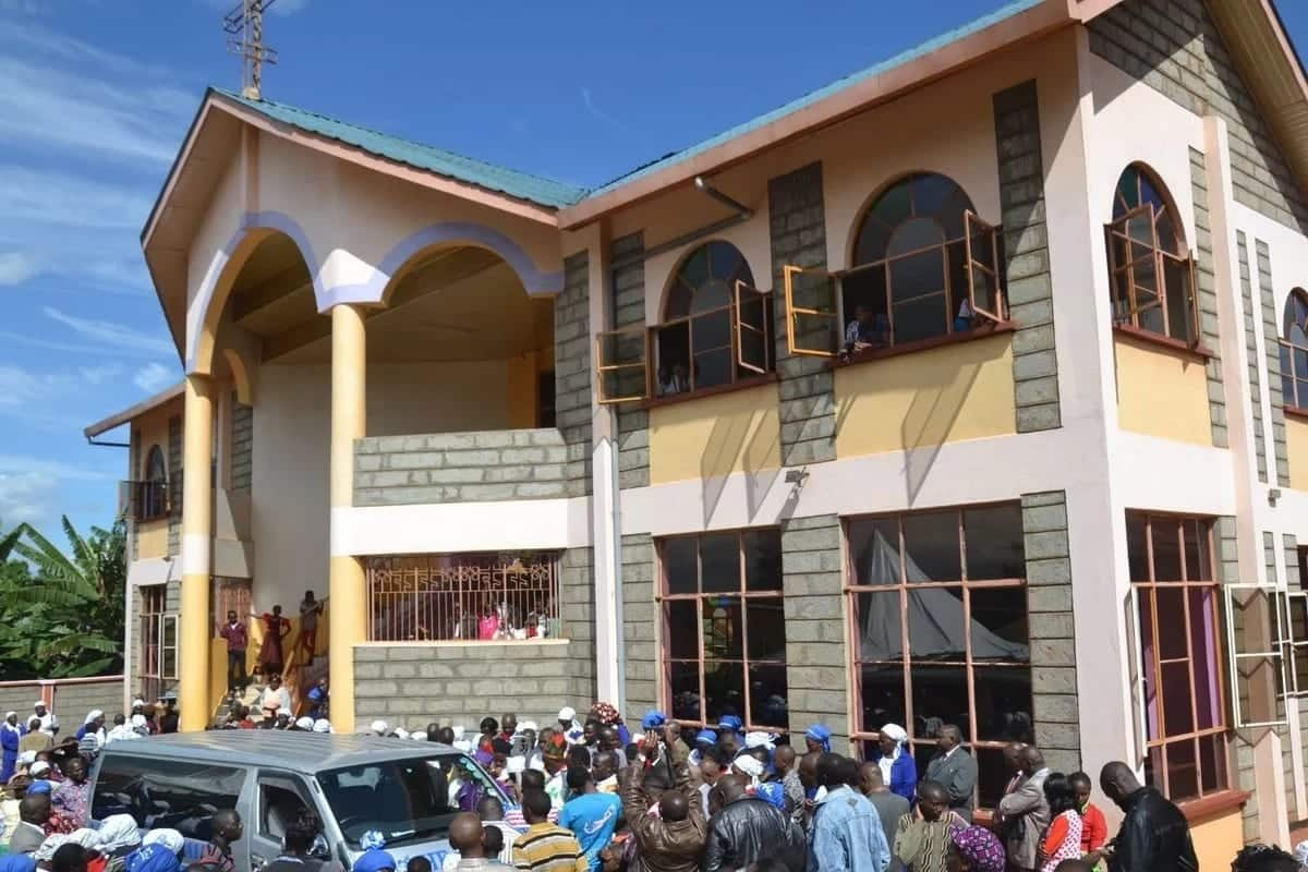 Gangsters steal KSh 1 million from Nyeri church, staff co-operate to avoid harm