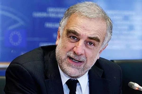 Leaked e-mails reveal how Moreno Ocampo 'facilitated' Uhuru's win at the ICC