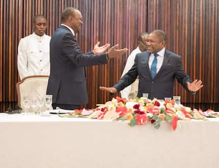Twitter yawaka moto Wakenya wakileta mjadala kuhusu Miguna Kwenye kipachiko cha Uhuru