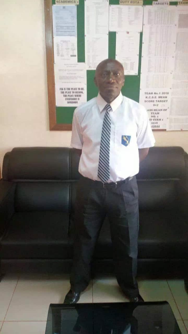 Kamusinga Principal shows up in full school uniform and netizens can't keep calm