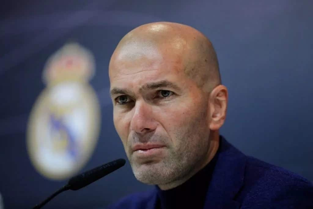 Zidane put on standby as Manchester United's next manager