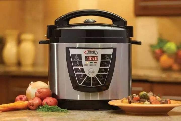 how to use a pressure cooker, pressure cooker recipes, how to use a pressure cooker, how does a pressure cooker work, why cook in a pressure cooker