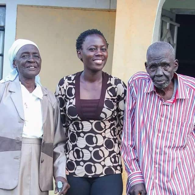 Kenya artistes disappoint Akothee at her grandfather's funeral