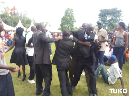 Two Bungoma men fight over woman's body at her burial