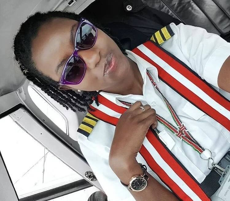 X lovely photos which prove departed pilot of crashed aircraft lived life to the fullest