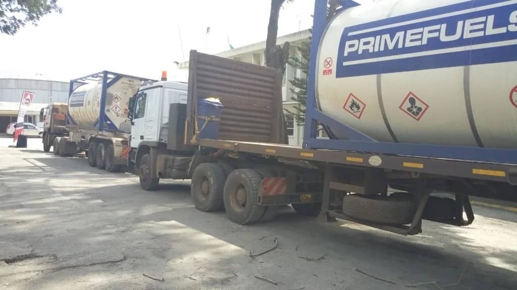 First batch of crude oil flagged off by Uhuru reaches Mombasa 4 days later