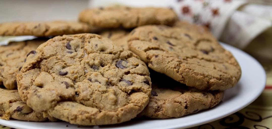 8 quick and easy steps to making highly potent weed cookies for your house party