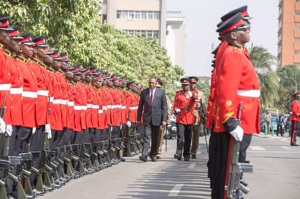 Uhuru Kenyatta becoming a despot each day-Raila Odinga
