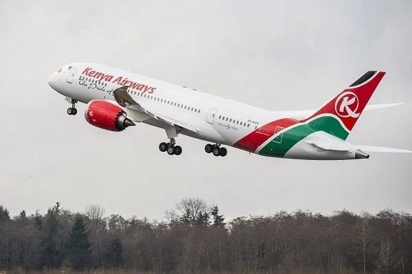 The 2 gorgeous female KQ pilots who fly between Kenya and England