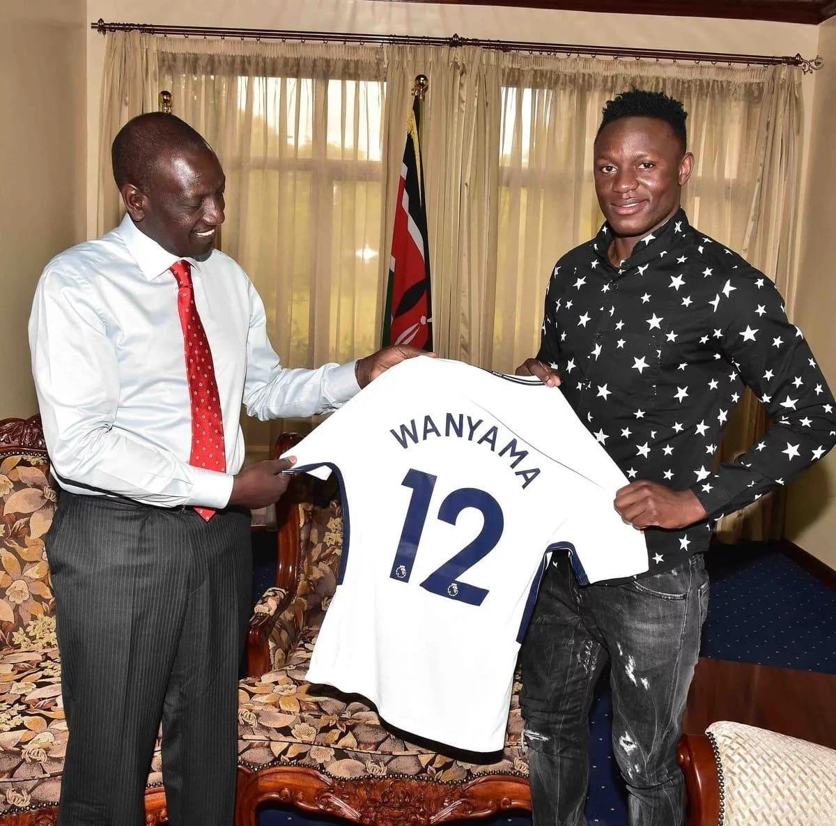 Tottenham Hotspur midfielder Victor Wanyama and brother Mariga meet DP Ruto in his Karen office