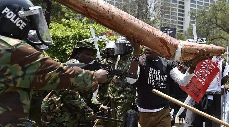 Yesterday, l got shot and on 26th October 2017, l shall not vote - Former Starehe MP candidate Boniface Mwangi declares