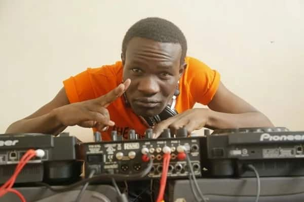Popular street DJ Demakufu shows off his face for the first