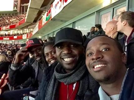 Wakenya wamshambulia Larry Madowo kutokana na ziara zake ng'ambo