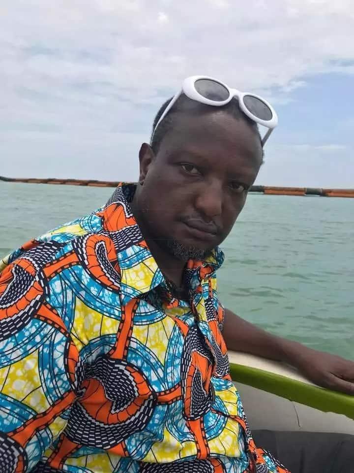 Mwandishi mwenye utata Binyavanga Wainaina kufunga ndoa na shoga wa Nigeria mapema 2019