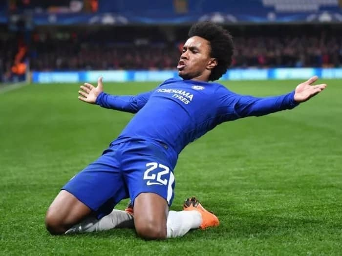Real Madrid join Manchester United in hunt for Chelsea playmaker Willian