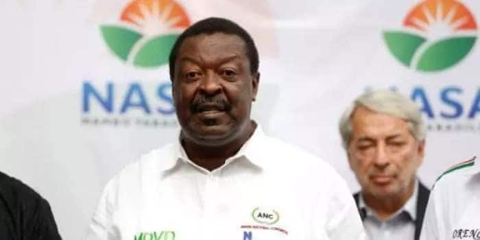 Wake up and save cane farmers, Musalia Mudavadi tells Uhuru
