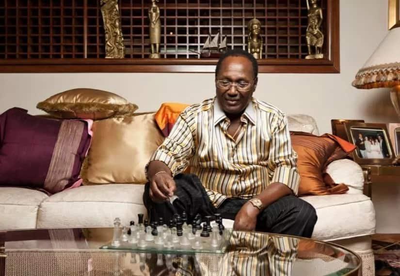 Not every rich man is a thief – socialite Huddah Monroe viciously defends ailing billionaire Chris Kirubi
