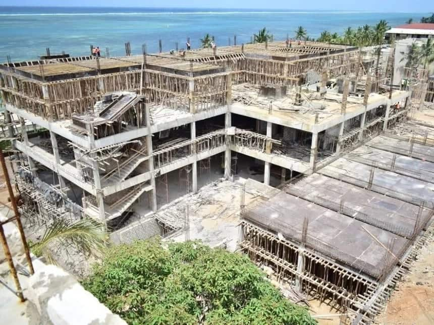 William Ruto linked to beach hotel encroaching on ocean in Mombasa