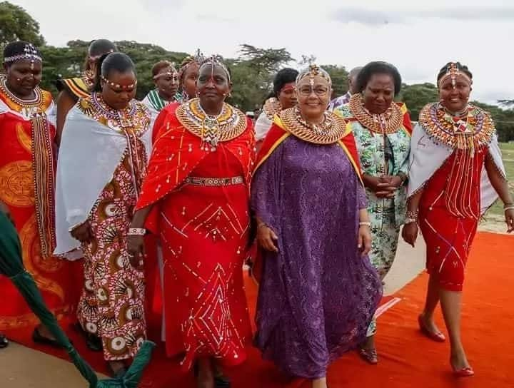 Kenyans to wear African attire every Friday - Government