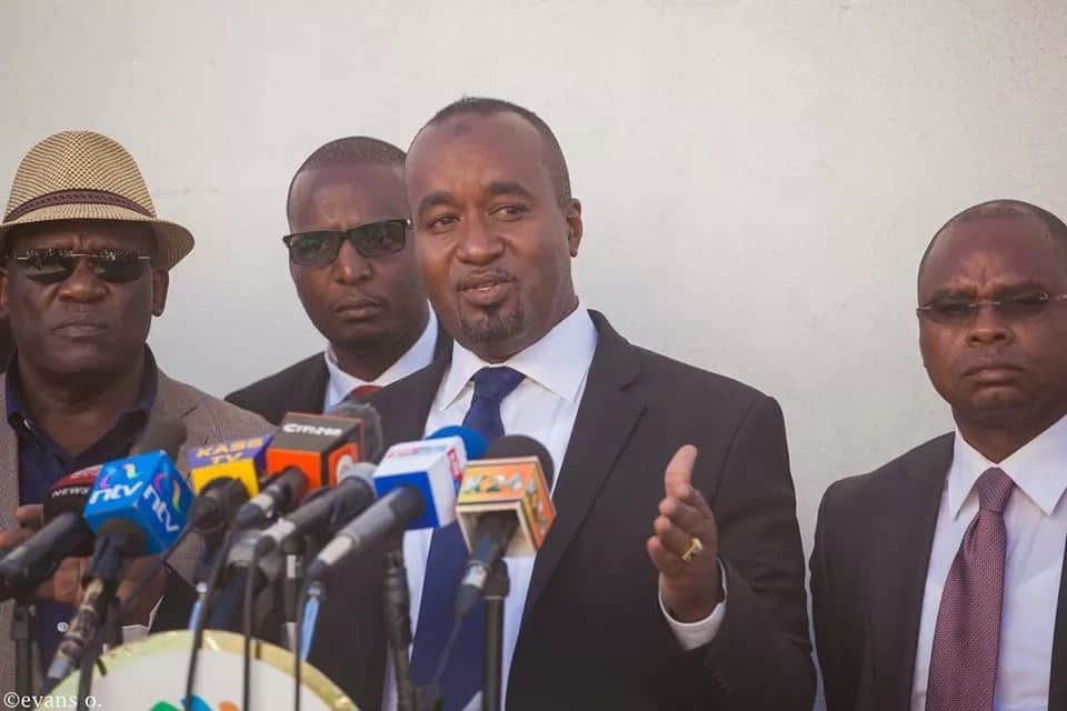 IEBC warns Joho over billboards