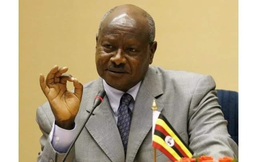 Yoweri Museveni akuwa rais wa kwanza kumpongeza rais mteule Uhuru Kenyatta