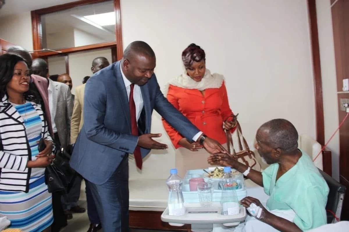 Tazama picha za mwanamuziki maarufu Joseph Kamaru hospitalini MP Shah