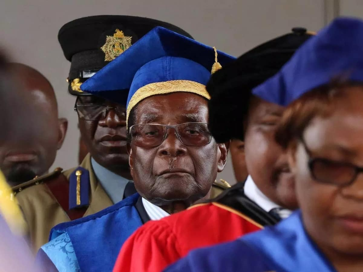 Embattled Mugabe given until Monday to resign or get impeached