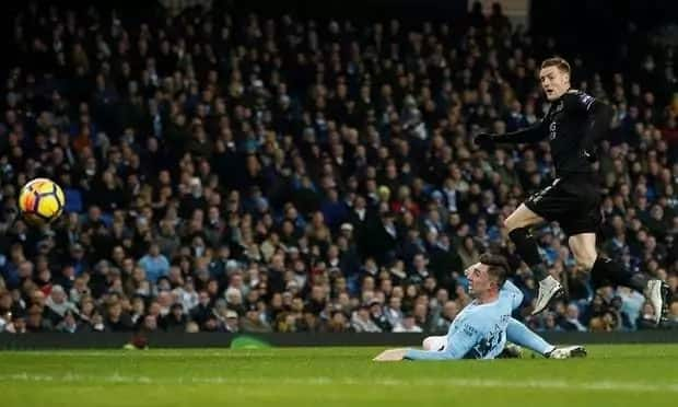 Aguero on fire as merciless Manchester City hammer Leicester to move 16 points clear at the top