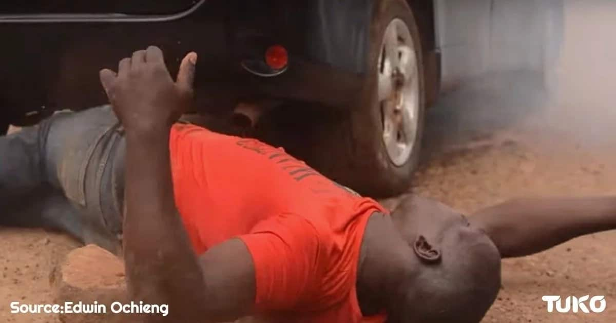 Is this Kenya's strongest man? Cars drive over him, he breaks steel nails with teeth