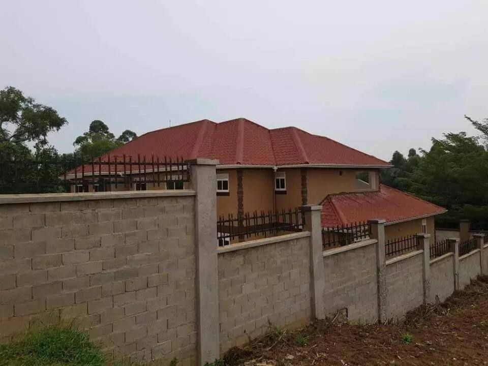 Uganda's self-proclaimed richest musician, Bebe Cool shows off his mansion after being mocked for not having one