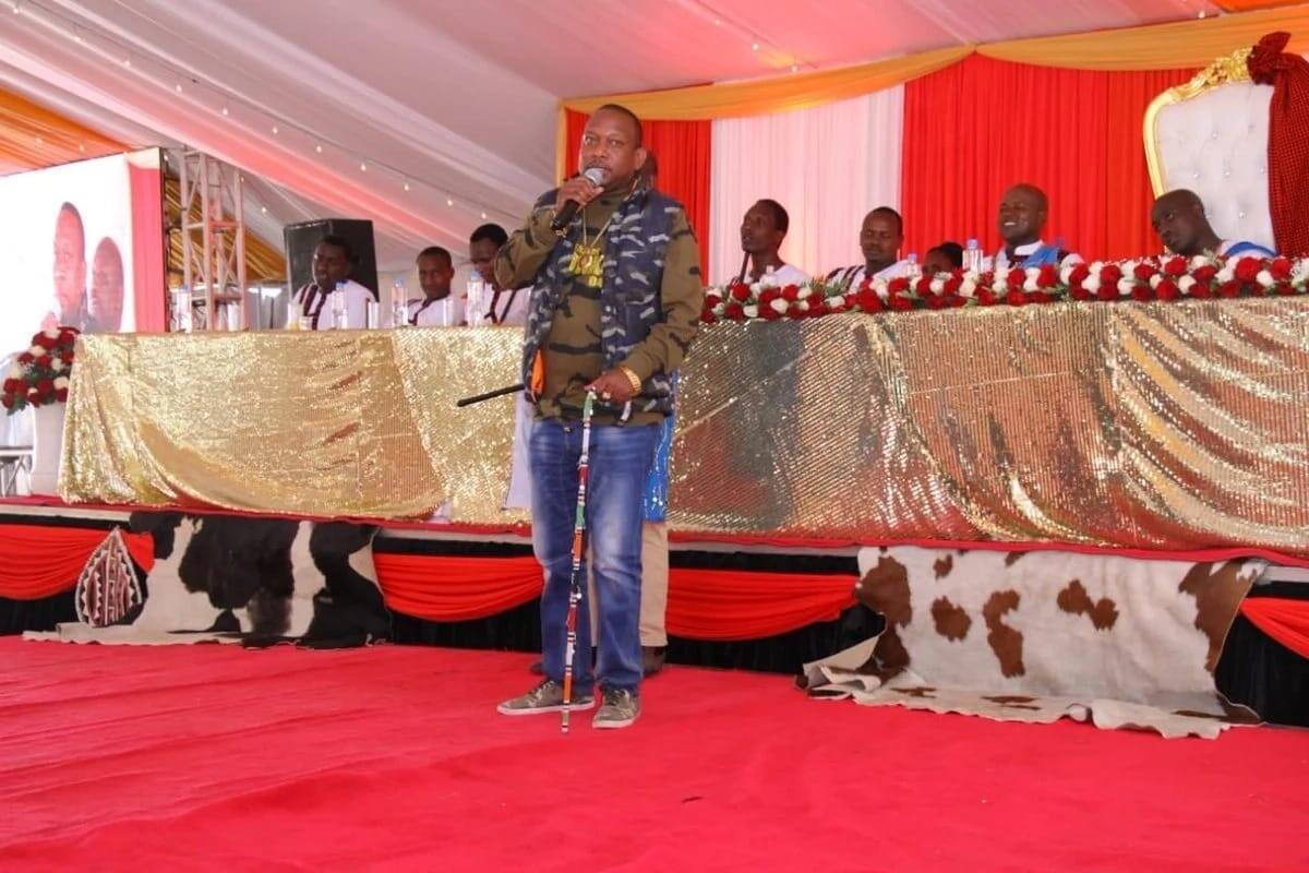 MIke Sonko takes hilarious dig at under-fire Migori governor in message to newly weds