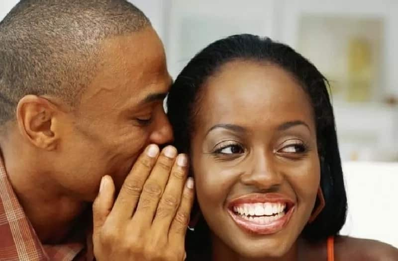 African man and woman, african couple, people talking, people smiling