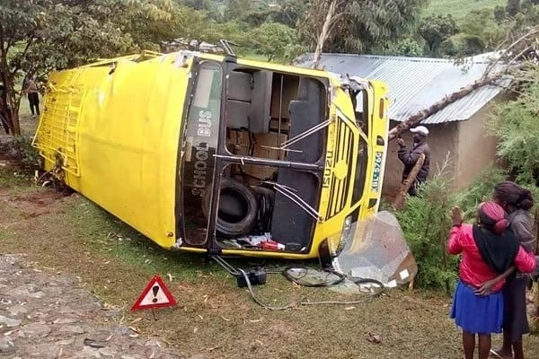Scare as 48 students sustain injuries in school bus accident along Sugoi-Kosichei road