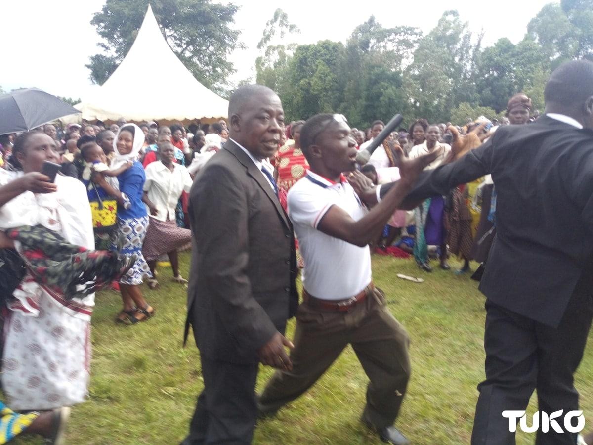Wanaume wawili Bungoma wazozania maiti, wazabana makofi