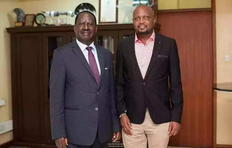 Raila, Moses Kuria meet in rare show after deal with Uhuru