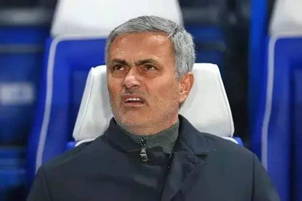 Mourinho awataja walinzi 5 wanaoweza kuziba kabisa nyufa zilizomo Manchester United