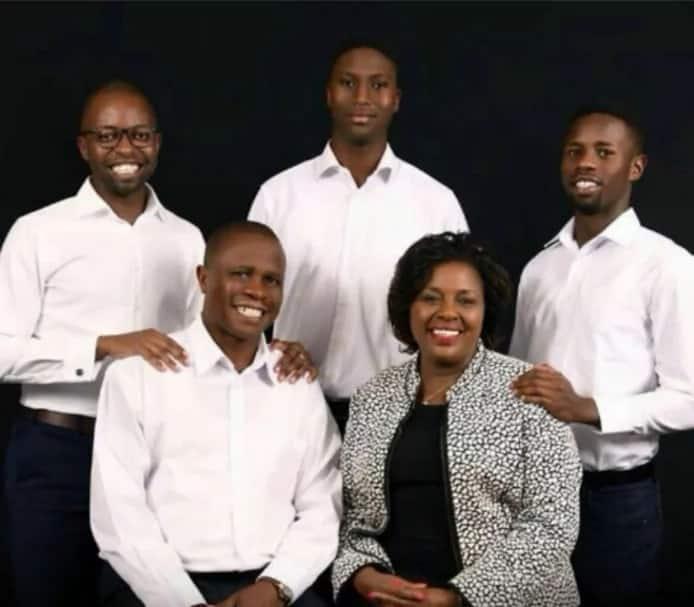 Joyce laboso family