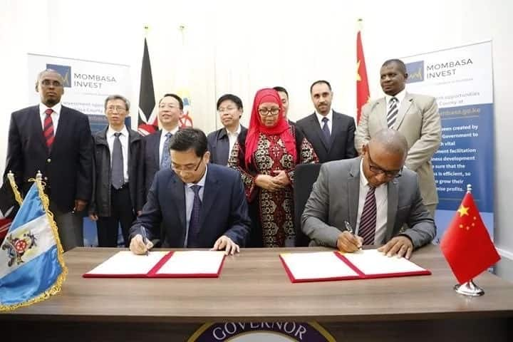 Chinise investors from Shanxi Province signing a Memorandum of Understanding (MoU) with the county government