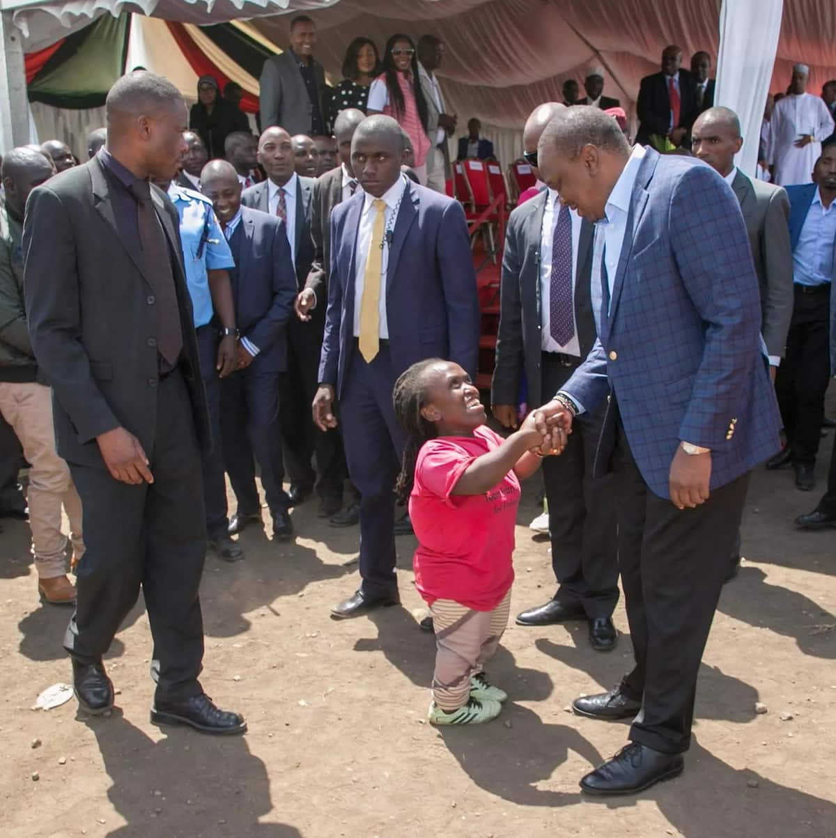 If you are a thief, carry your own cross without involving your tribe - Uhuru Kenyatta
