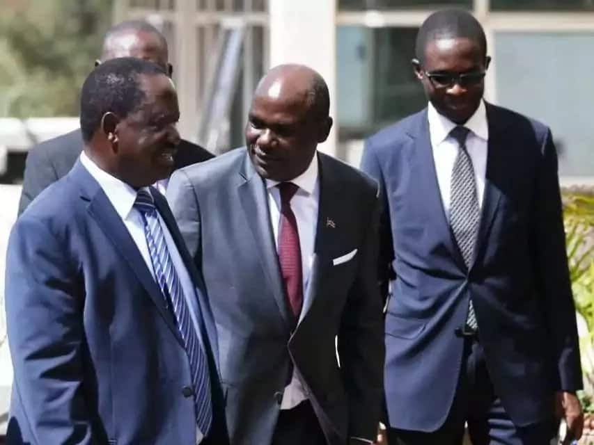Ujumbe mkali wa Raila kwa Chebukati na kundi lake